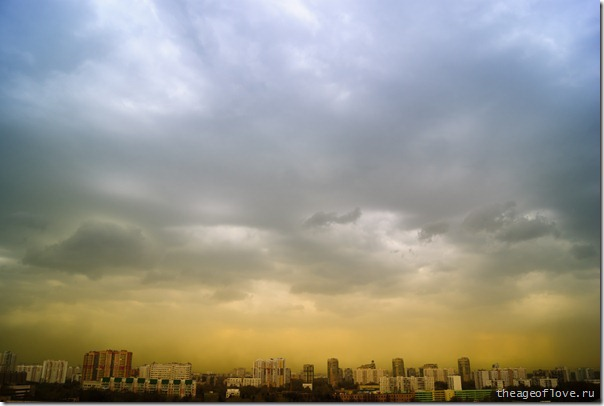 Жуткое облако пыльцы надвигается на Москву