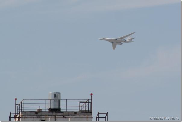 Ту-160 делал вид, что летит нас бомбить