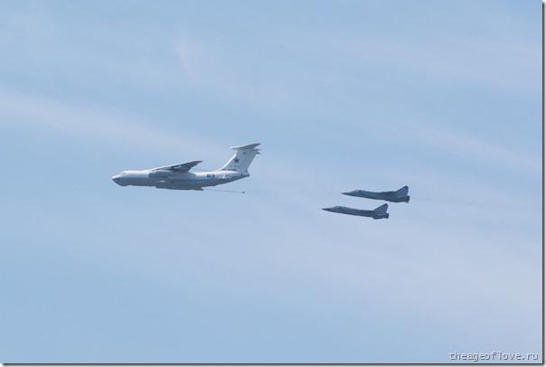 Больше заправщиков богу заправщиков! Ил-78 заправляет пару МиГ-31