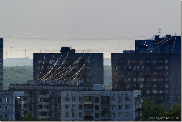 Гигантская паутина над Москвой