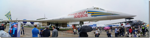 """Ту-160 """"Александр Новиков"""" на МАКС-2013. В углу притаился коварный А-50"""