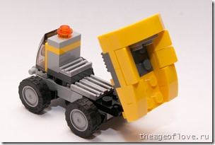 Самосвал Lego 31014