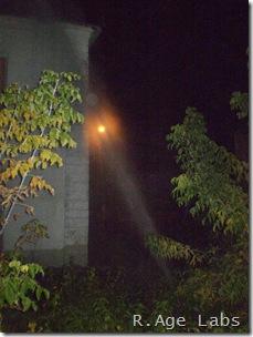 Фонтан кипятка высотой с дом